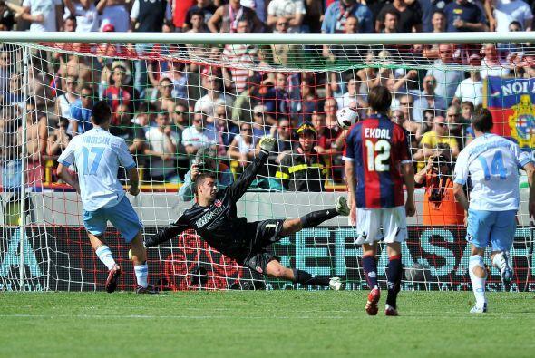 Un tiro penal convertido por Marek Hamsik al minuto 45 puso cifras defin...