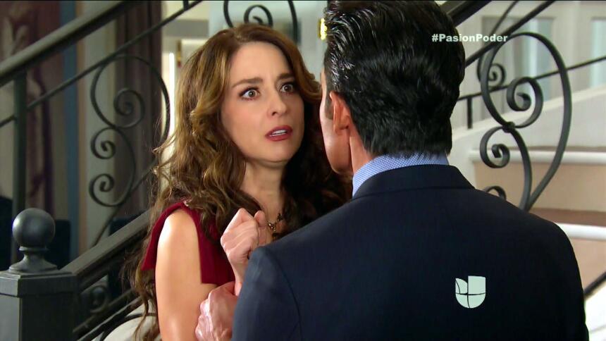 ¡Julia quiere alejarse de Eladio! 9A438B92EEC6460686C698782CF6081F.jpg