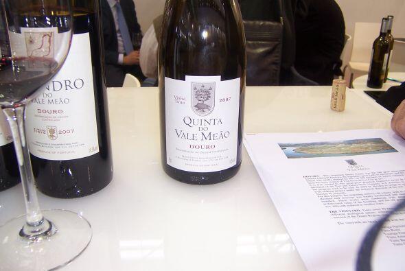 Este vino sacó 97 puntos y está hecho con el conocido blend tinto portug...