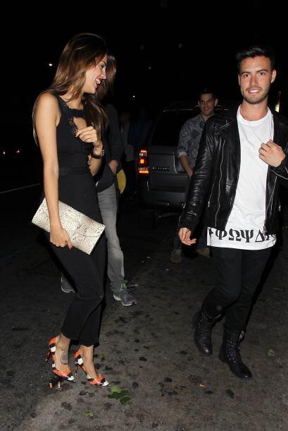 Pregúntenle a Liam Hemsworth con quien se le vio en unas fiestas y citas...