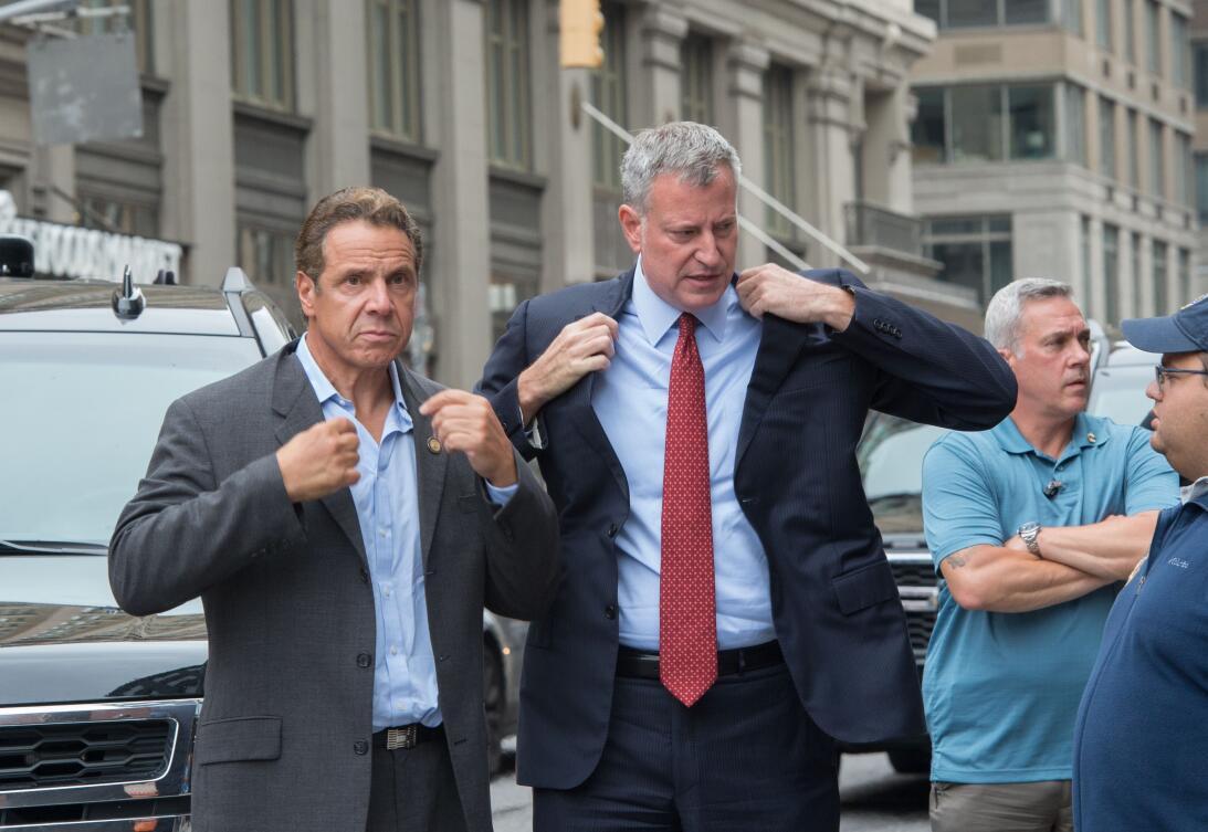 El gobernador de Nueva York, Andrew Cuomo, y el alcalde de la ciudad, Bi...