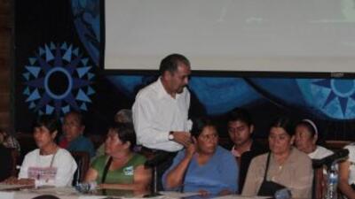 Familiares de los 43 de Ayotzinapa.
