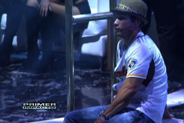Pese a que Chino trae malito su pie estuvo ensayando para Premio Lo Nues...