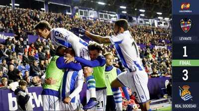 Héctor Moreno y la Real Sociedad se llevan un triunfo con remontada al Levante