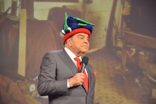 Don Francisco, ¡siempre tan elegante con sus gorros!