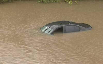 Huracán Harvey: Estos consejos le ayudarán a escapar de su vehículo en c...