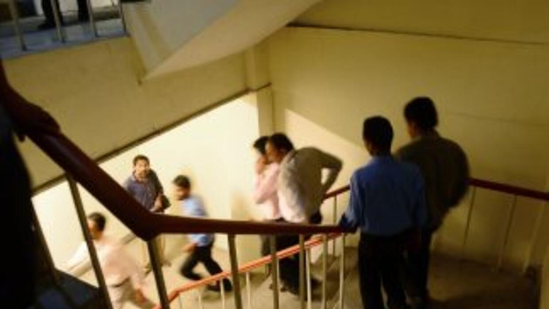 Los habitantes realizaron los procedimientos de evacuación durante el po...