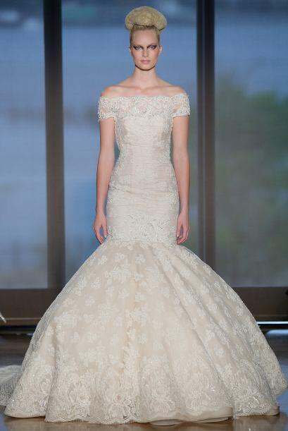 Acá hay otro modelo muy clásico, si eres muy alta, con este vestido te v...