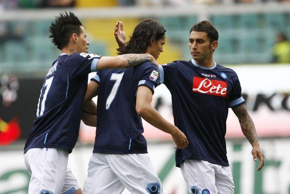 El Nápoli, por intermedio del uruguayo Cavani, anotó el primer tanto del...