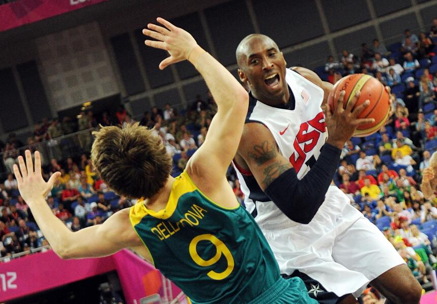 Matthew Dellavedova no es un jugador alto para los estándares de la NBA,...