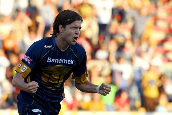 El argentino Esteban Solari necesitó pasar por el fútbol mexicano con Pu...