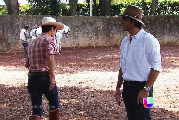 """¡Ya acéptalo Cristóbal! ¿Cuándo entenderás que Valeria es la """"Señorita m..."""