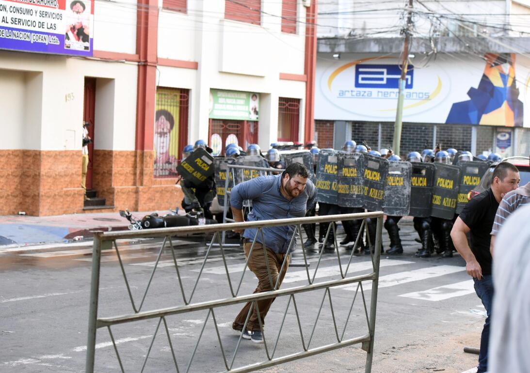 En fotos: disturbios en Paraguay por enmienda constitucional que permiti...