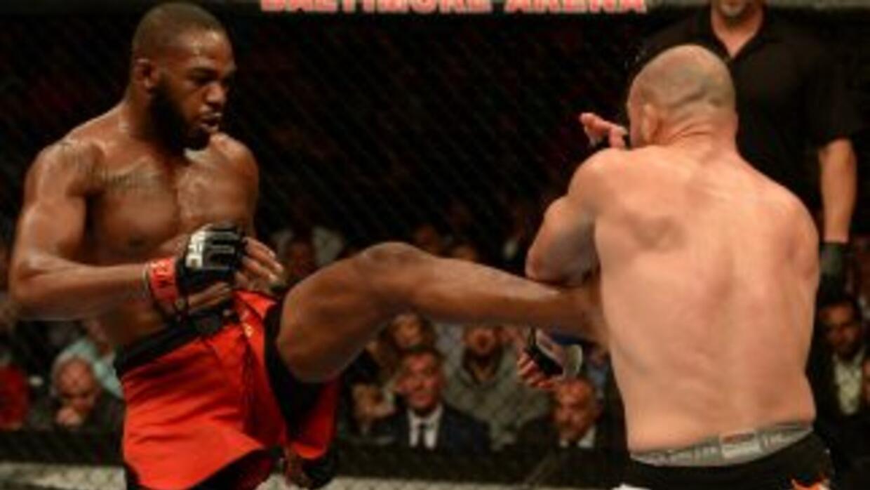 Jon Jones terminó con Glover Teixeira en el UFC 172.