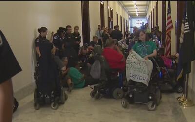 Propuesta para reemplazar el Obamacare trajo protestas inmediatas en el...