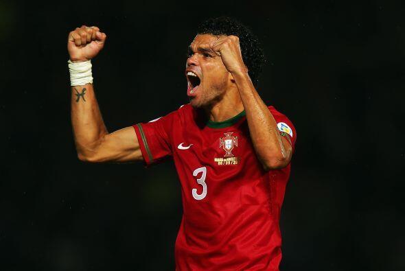 Nacido en Maceió, Brasil pero forjando una exitosa carrera en Portugal t...