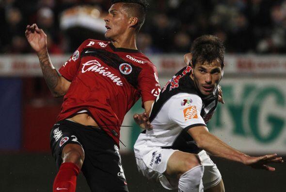 """Monterrey vs. Tijuana """" Carlos Barra y Rayados han encontrado en Dorlan..."""