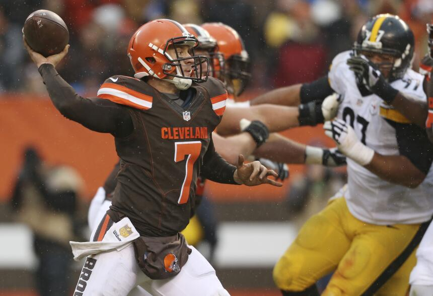 Los Pittsburgh Steelers vencieron 28-12 a Cleveland Browns para amarrar...