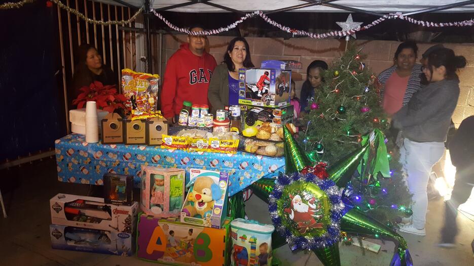 Familias latinas pasaron unas felices posadas 20161214_175236.jpg