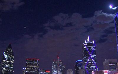 Autoridades reportan que 156 alarmas del sistema de emergencia de Dallas...