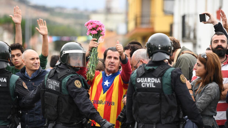 La región de Cataluña pide la independencia de España.