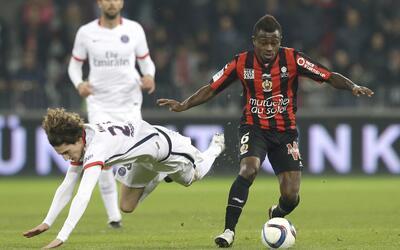 """Cavanni se plantea dejar el PSG si no cambia de demarcación, según """"L'Éq..."""