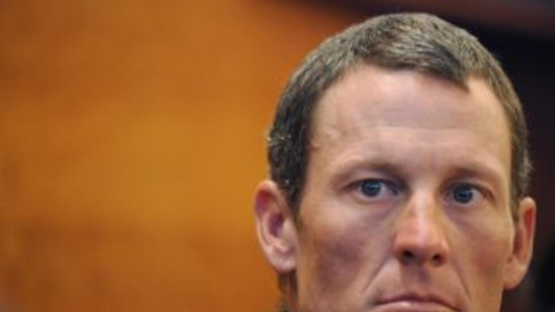 El ciclista estadounidense Lance Armstrong fue despojado de sus siete tí...