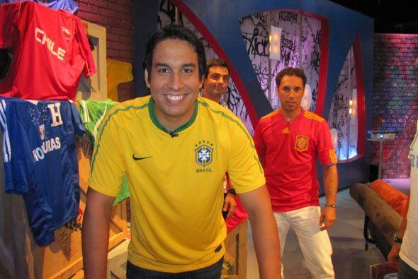 """La pasión por el fútbol se apropió de """"Acceso Máximo"""" y con ello ocho fa..."""