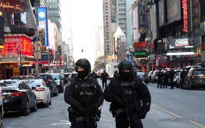 Policía hiere a sospechoso en Aventura Mall ny-explosion3.JPG
