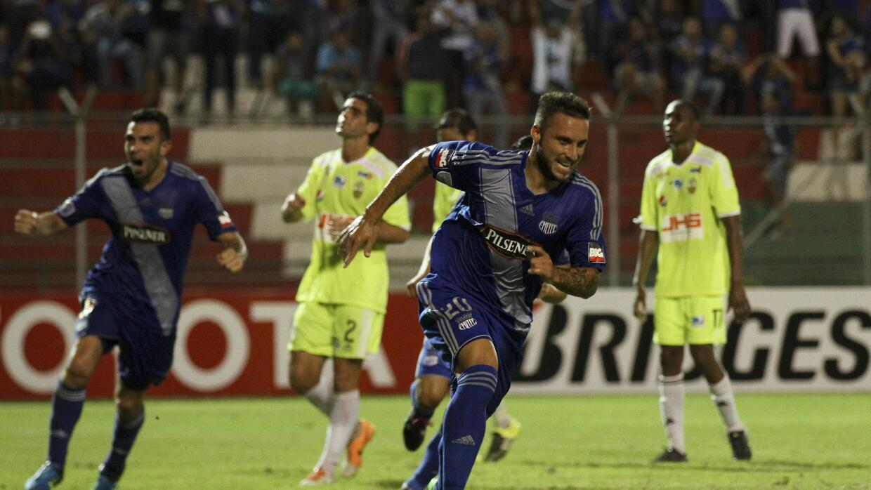 Emelec derrotó 2-0 al Táchira