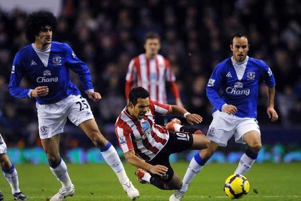 El Everton de Landon Donovan ganó 2-0 al Sunderland.
