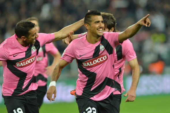 Y los 'bianconeri' arrancaron ganando casi de inmediato en su partido co...