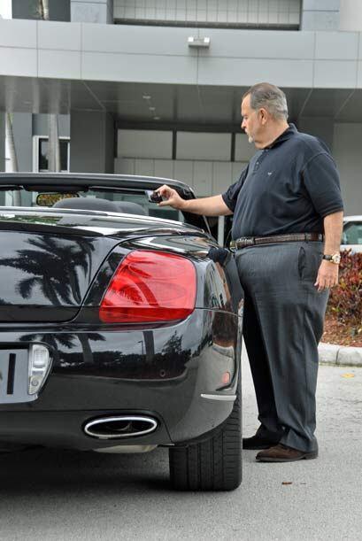 El Gordo es un experto en autos y por eso le pone atención a todos los d...