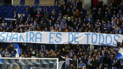 Pancartas contra el Barça