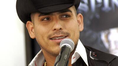Espinoza Paz explica por qué compartió extraños videos donde se le ve llorando