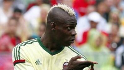 Mario Balotelli hizo uno de los goles del conjunto italiano ante Guadala...