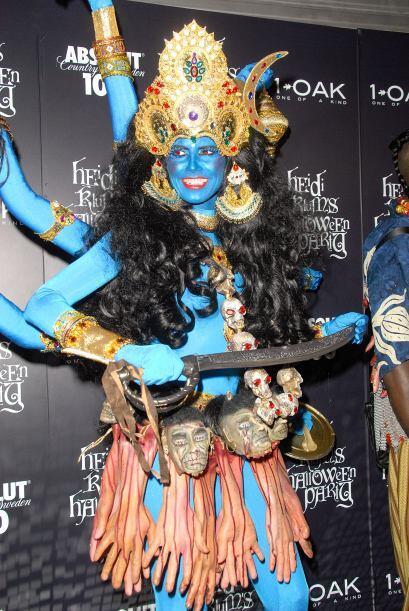Se disfrazó nada más y nada menos que de la diosa hindú Shiva
