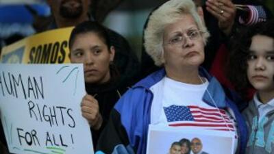 Los inmigrantes indocumentados de Estados Unidos no bajan la guardia y s...