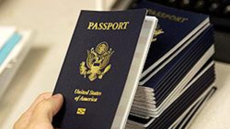 Gobierno de EU elimina restricciones para procesar pasaportes de nacidos...