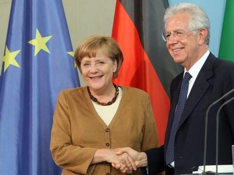 Durante su reunión con el primer ministro de italiano, Mario Mont...