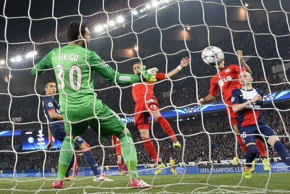 También se disputó el segundo capítulo entre el Paris Saint-Germain y el...