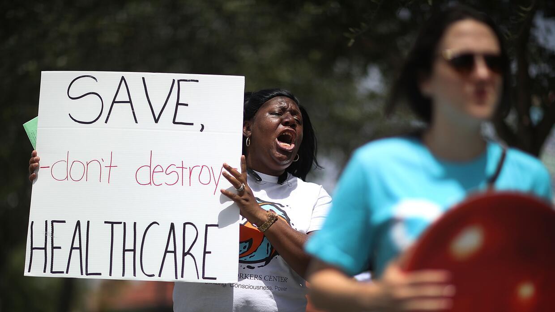 """""""No destruyan la atención de salud, sálvenla"""", es el mensaje d..."""