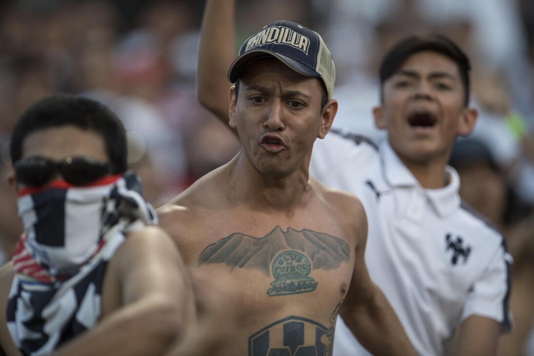 Emocionante empate entre Santos y Monterrey 20170412_3308.jpg