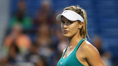 En fotos: Eugenie Bouchard, la bella tenista que salió con un aficionado para pagar una apuesta