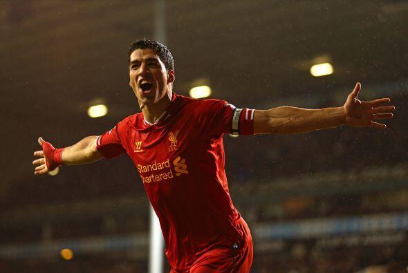 El Barça pagó unos 130 millones de dólares al Liverpool por Suárez, gana...