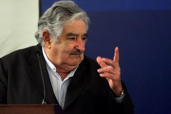 El presidente de Uruguay, José Mujica, está envuelto en una polémica lue...