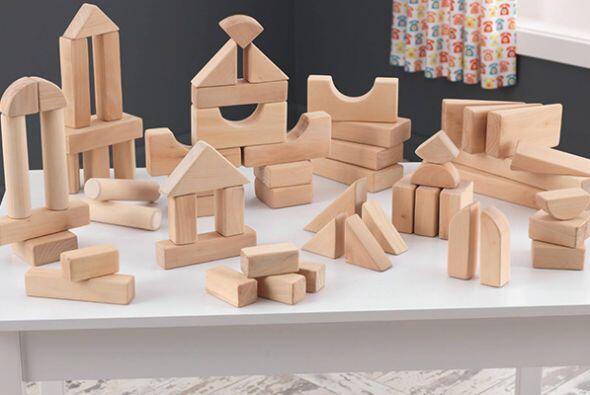 Bloques de madera. Con estas piezas, tu hijo podrá ejercitar el reconoci...