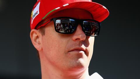Kimi Raikkonen renovó con Ferrari por una temporada más