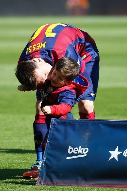 El futbolista guardó la calma.