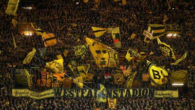 ¡Majestuoso! El ambiente en el Signal Iduna Park para el clásico Dortmund-Bayern